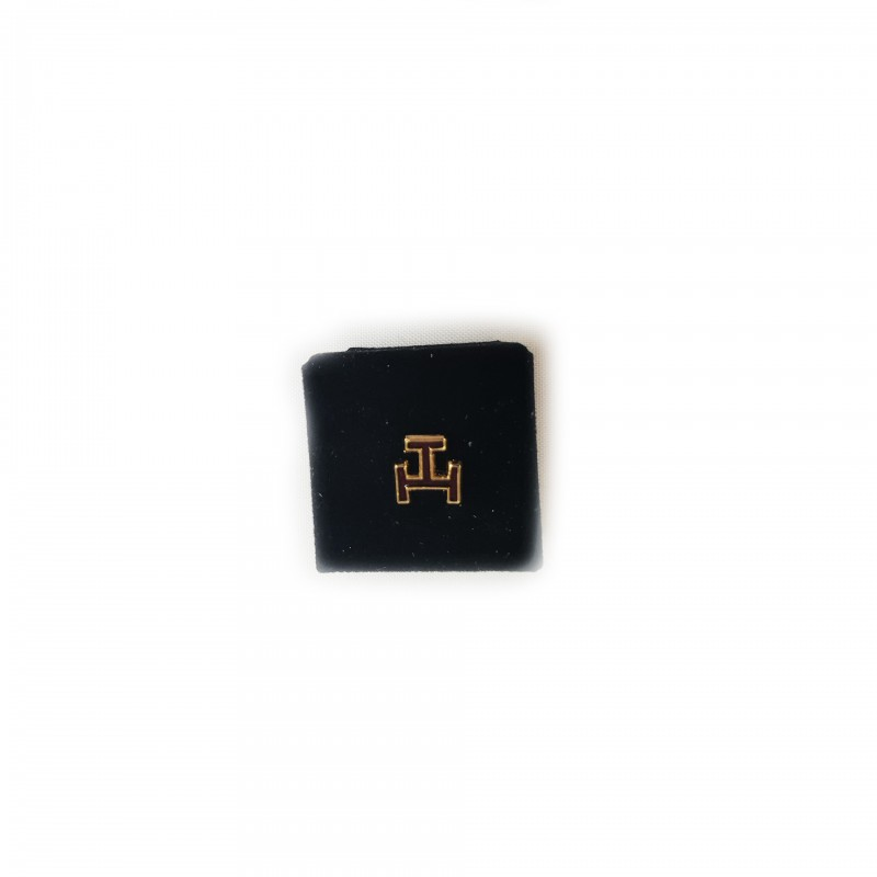 Épinglette ARCHE, Triple-Tau émail rouge cloisonné / métal doré