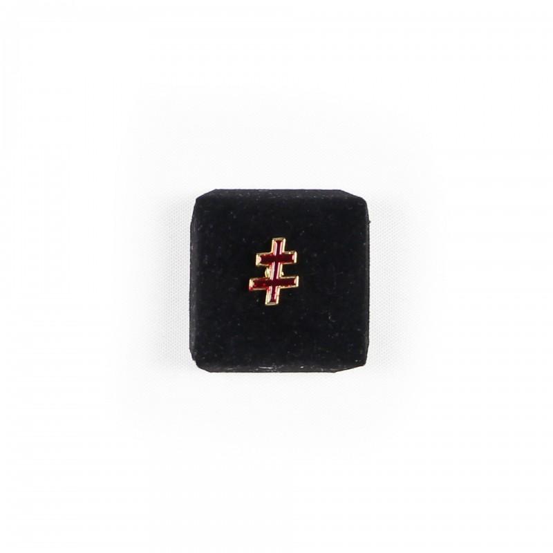 Epinglette S.G.I.G. 33º REAA, croix patriarcale simple, émail rouge cloisonné / métal doré