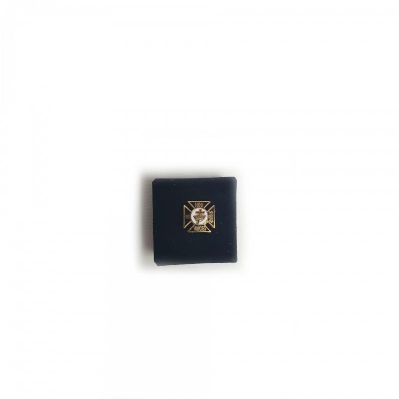 Épinglette TEMPLE (U.S.), croix pattée, émaillé noir / blanc, métal doré