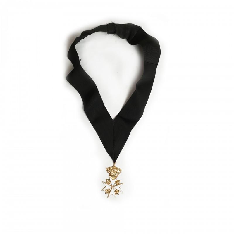 Bijou et collerette pour Prieur de MALTE en Chaire, Croix couronnée émaillée, collerette ruban Malte,
